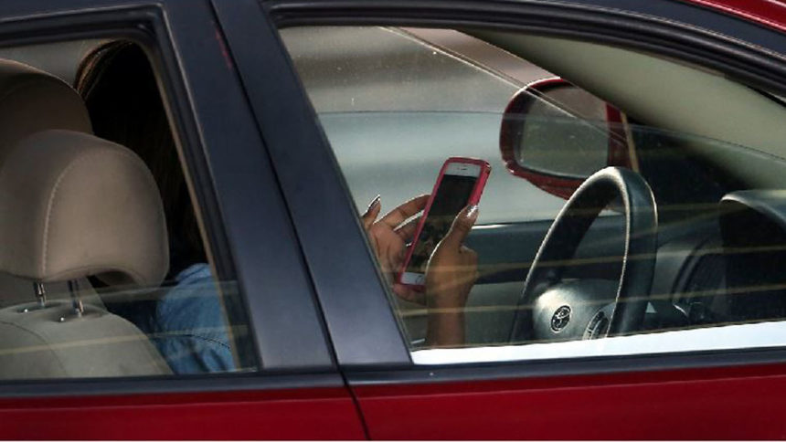Distracted-driving_3230652_ver1.0_1280_720
