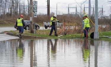Bluff Creek Drive flooded