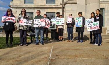 Elledge demonstrators