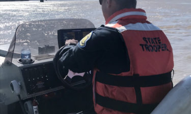 State trooper searches Missouri River