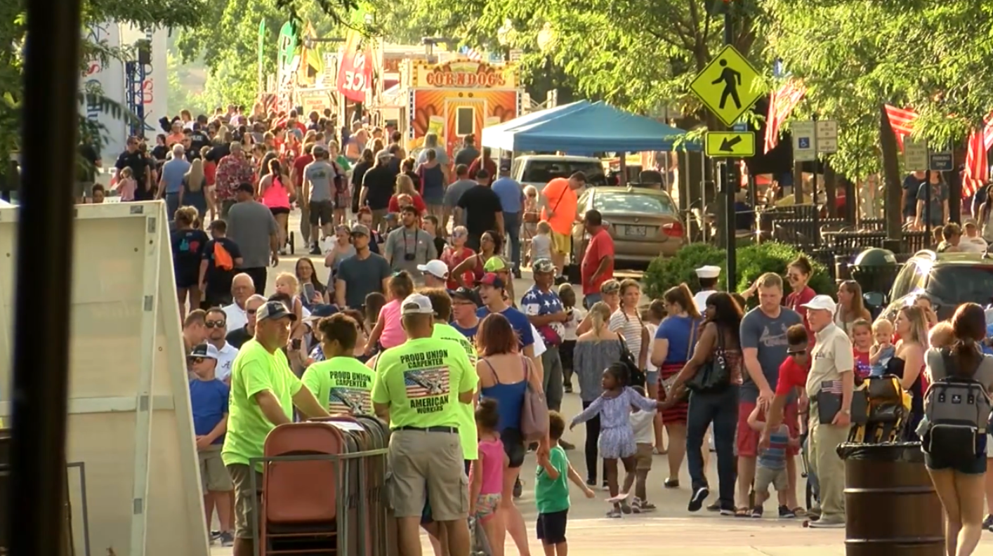 Crowds celebrate the Fourth of July at Salute to America in 2019.