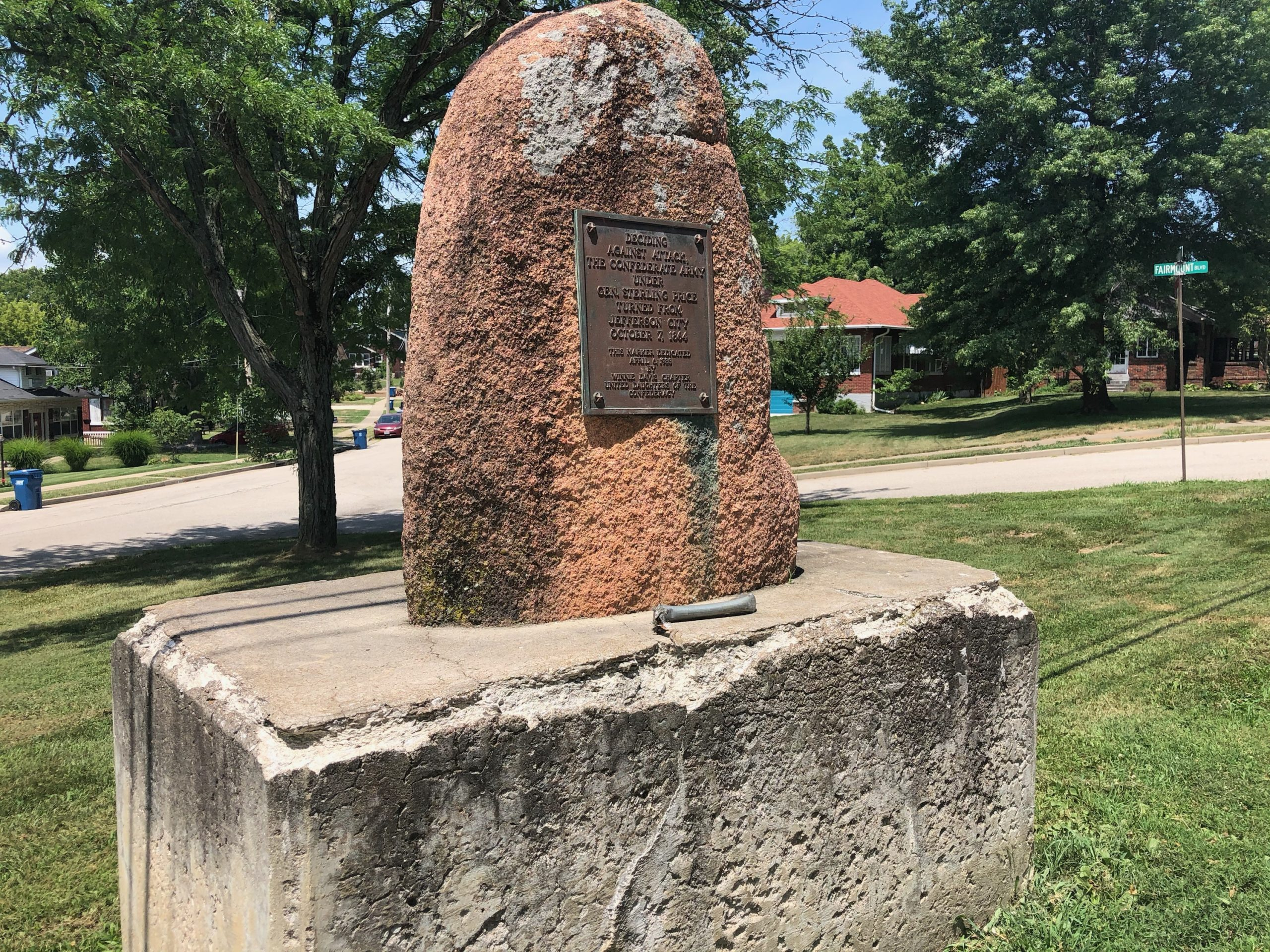 Sterling Price monument in Jefferson City