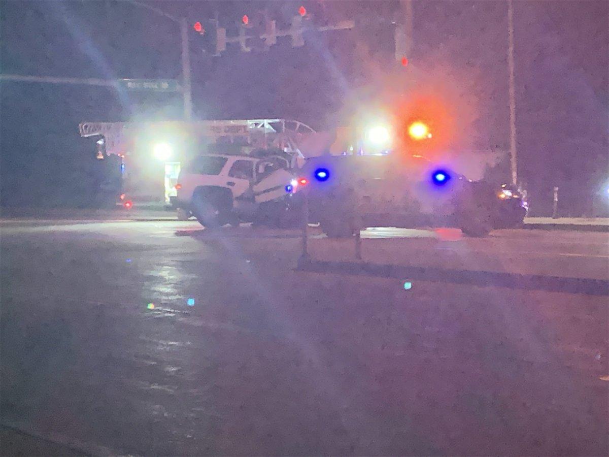 A car crash blocks part of Rangeline Street early Monday morning.