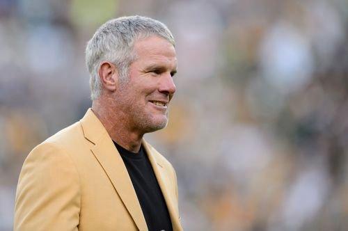 NFL legend Brett Favre endorses Trump for president - ABC17NEWS