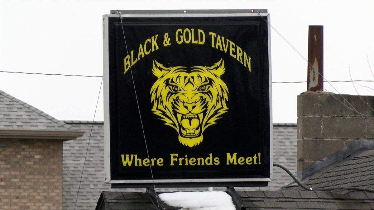 Black and Gold Tavern