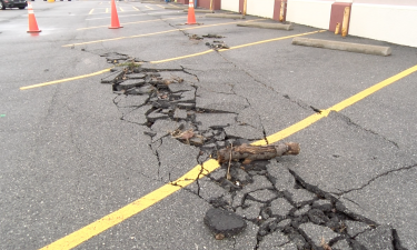 Eastgate Plaza cracked pavement