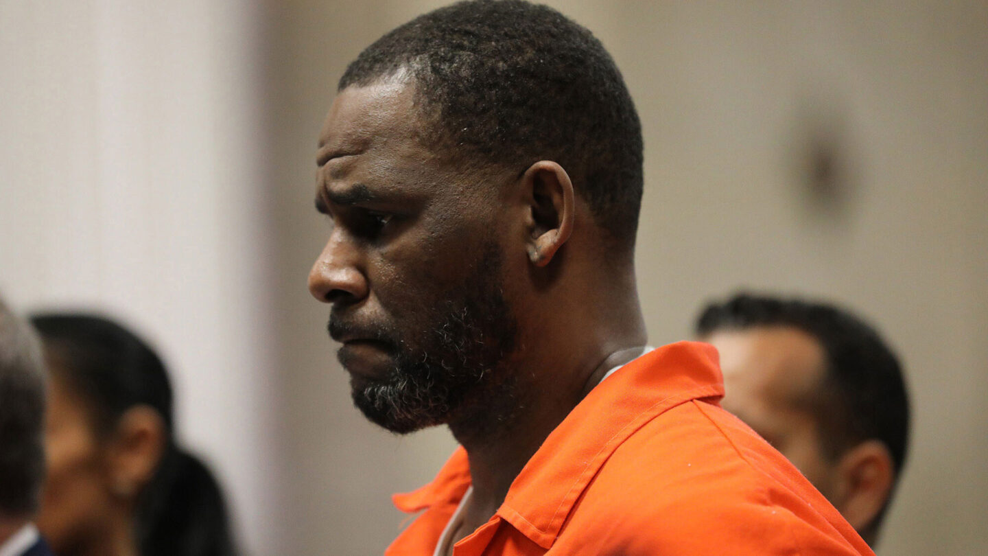 <i>Antonio Perez/Chicago Tribune/Tribune News Service/Getty Images</i><br/>R. Kelly appears during a hearing at the Leighton Criminal Courthouse in Chicago on September 17